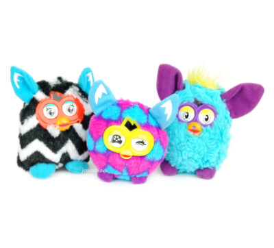 3 petites peluches Furby