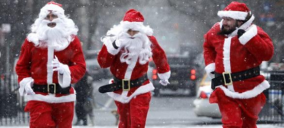 3 Pères Noël à Manhattan