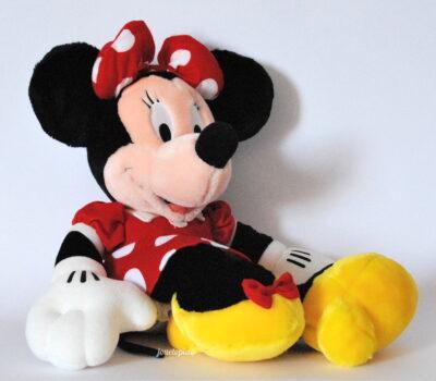 Peluche Minnie en robe rouge Disney