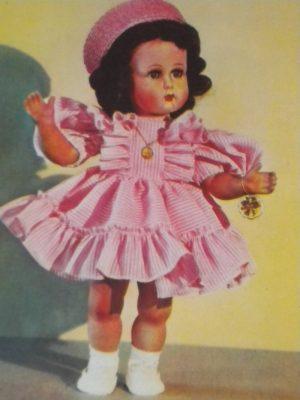 Première poupée Bella