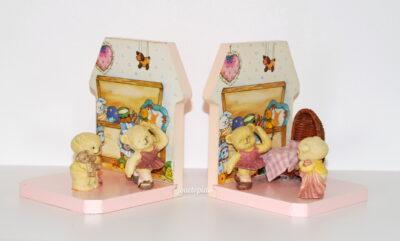 Serres-livres en bois rose pour chambre d'enfant