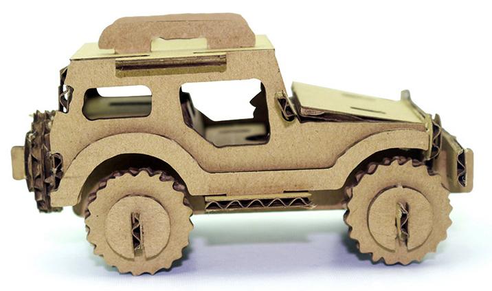 Voiture en carton Jeep 4x4